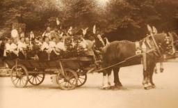 1911 Leiterwagen